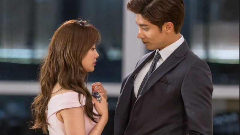"Sung Hoon Is The Model Of A Romantic Prince In ""My Secret Romance"""